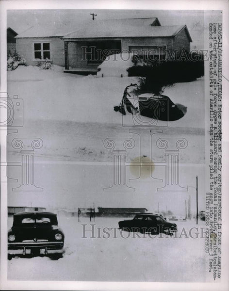 1952 Press Photo Amarillo, Tex. snowbound vehicles during bad snowstorm - Historic Images