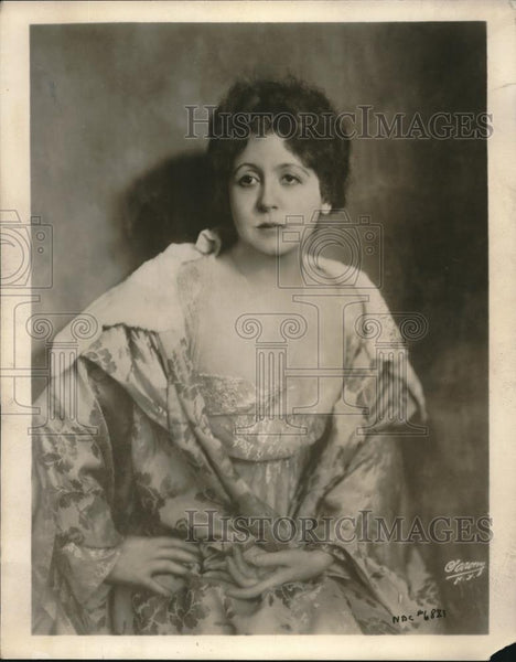 1930 Press Photo Actress Florence Malone To Star In Play Barbara Fritchie - Historic Images