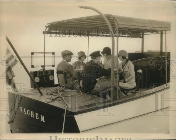 1925 Press Photo Group Rides In Motorboat Sachem - neb63960 - Historic Images