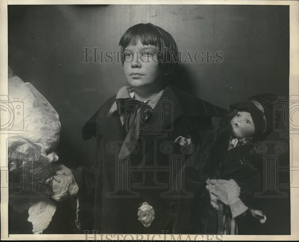 1925 Press Photo 11 year old Jimmie English arrived in St Louis to undergoes an - Historic Images