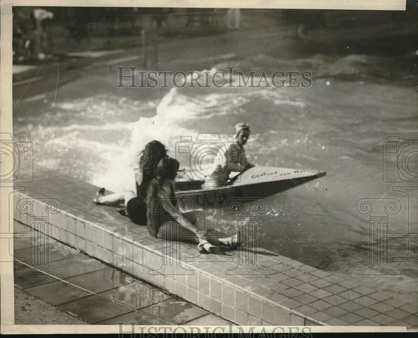 1929 Press Photo Baby Olsen Tunes Up For Outboard Motor Boat Race - Historic Images