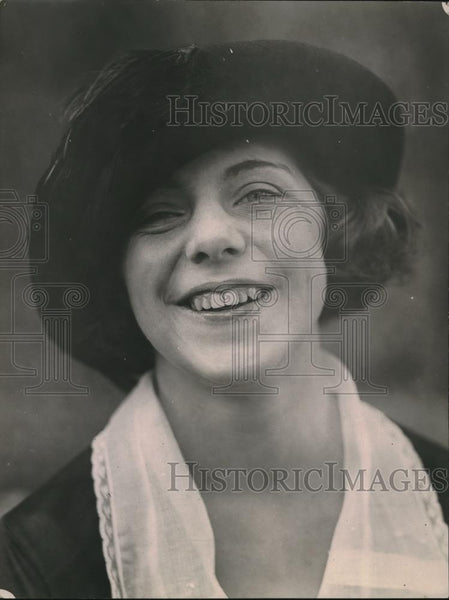 1921 Press Photo Miss Eleanor Griffin Admiral Robert S Griffin Daughter - Historic Images