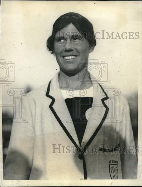 1923 Press Photo Miss Armfield, captain of the English Overseas Girls Hockey - Historic Images