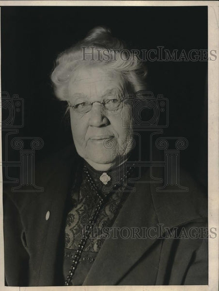 1925 Press Photo Dr. Eliza Mosher, oldest practicing female physician in U.S. - Historic Images