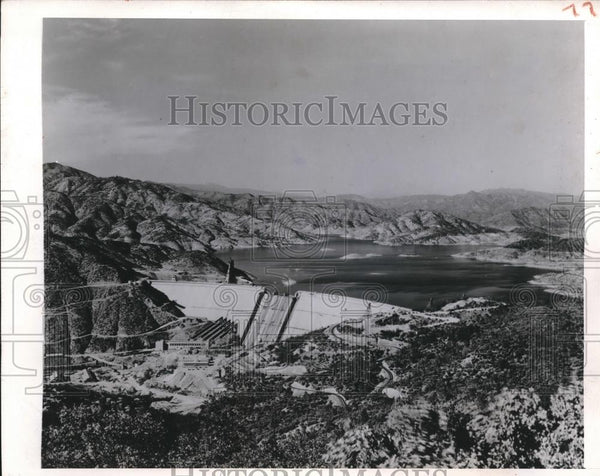 1944 Press Photo Shasta Dam at 99 percent complete - Historic Images