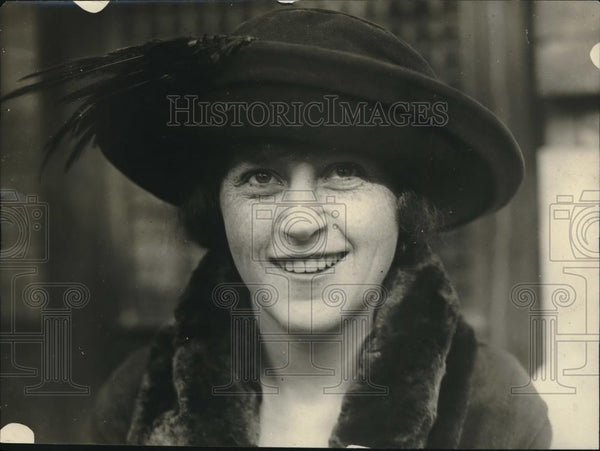 1921 Press Photo Miss Margaret Thorp Green engaged to Courtney Campbell of NY - Historic Images
