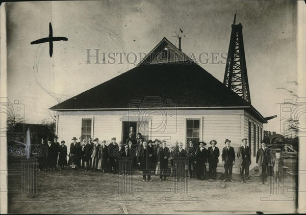1919 Press Photo Mernima Church congregation in front of bldg - neb88404 - Historic Images