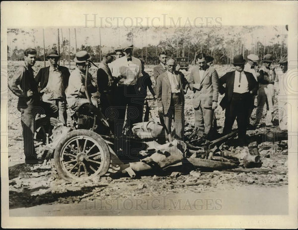 1926 Press Photo 4 Men Killed When 200 Sticks of Dynamite Exploded on Truck - Historic Images