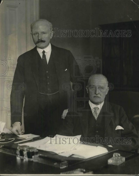 1924 Press Photo Sir Esme Howard, New British Ambassador & Henry Getty Chilton - Historic Images