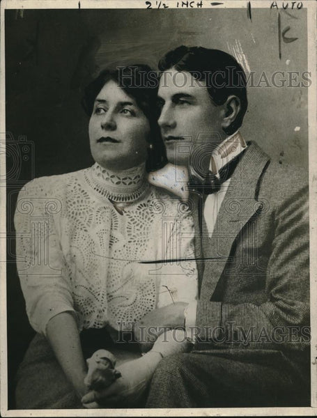 1918 Press Photo Comte Clairmont & Mrs Mix, nabbed as spies - nec07810 - Historic Images