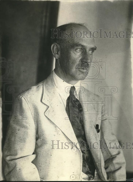 1921 Press Photo George B Bell of Jamaica, NYCommerce Dept chief of Agri veh,div - Historic Images