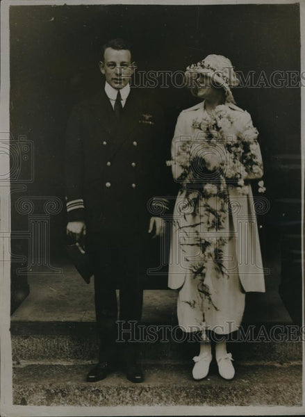 1920 Press Photo Wedding of Miss Max Tresmond at St. Georges Hanover Square - Historic Images