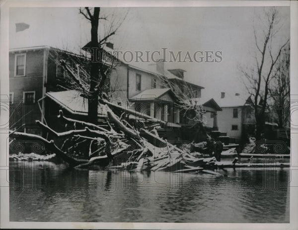 1936 Press Photo Swollen Ohio River Floods Wheeling W Virginia - nec15489 - Historic Images