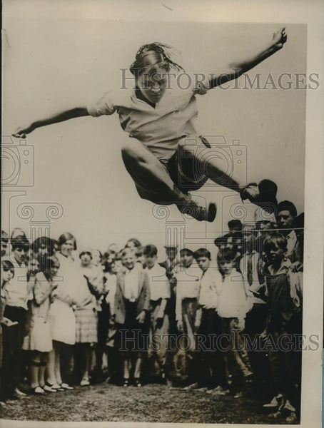 1928 Press Photo Claire Smith Harrison NJ High Jumper - Historic Images