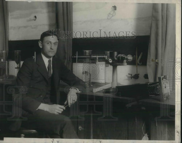 1924 Press Photo Prof. H. H. Sheldon, who turned mercury into gold - nec38494 - Historic Images