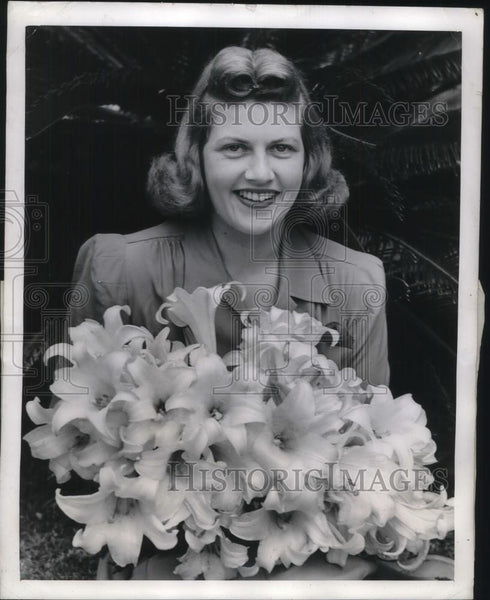 1941 Press Photo Mrs. Nancy McLeod Bermuda's Easter Lily Queen. Pennsylvania - Historic Images