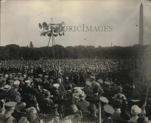 1925 Press Photo Troops Listen To Secretary Of War Weeks Give Defense Day Speech - Historic Images
