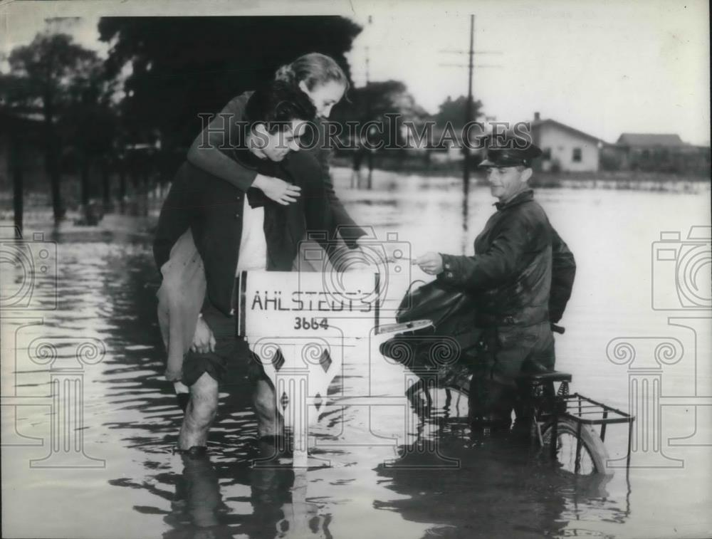 1938 Press Photo FLOOD - Historic Images