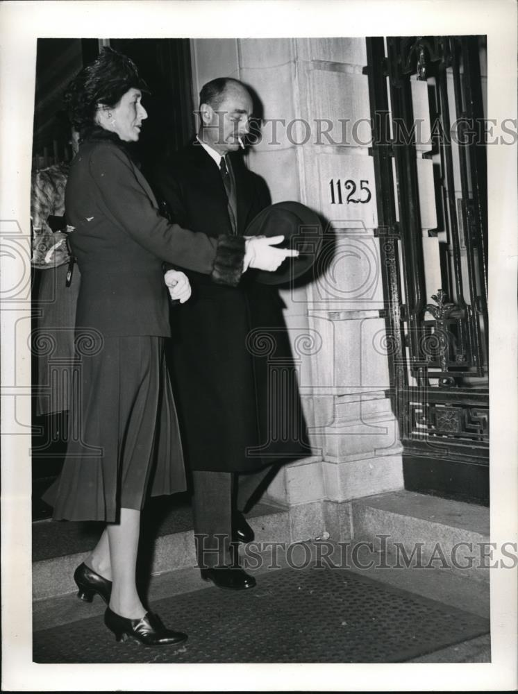 1941 Press Photo Attorney General and Mrs. France Biddle leave reception. - Historic Images