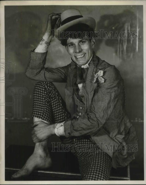"1931 Press Photo Howard Curtis Silly Radio Star ""The Boy From Missouri"" On CBS - Historic Images"