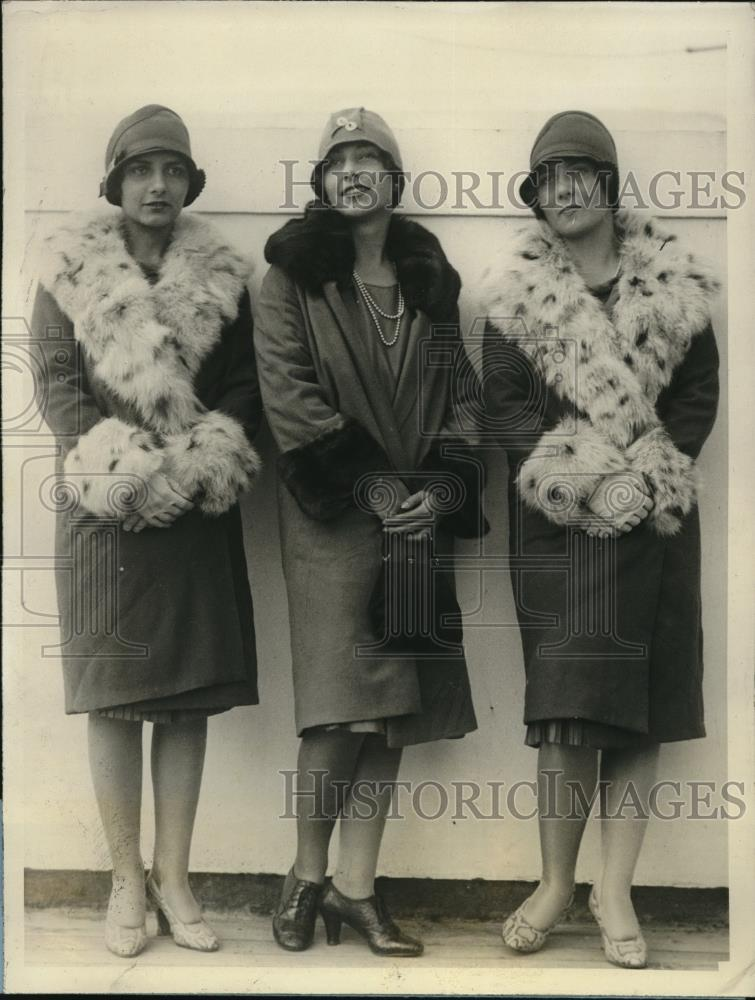 1927 Press Photo NY Society, Gertrude, Mildred, Barbara Vander Pool - Historic Images