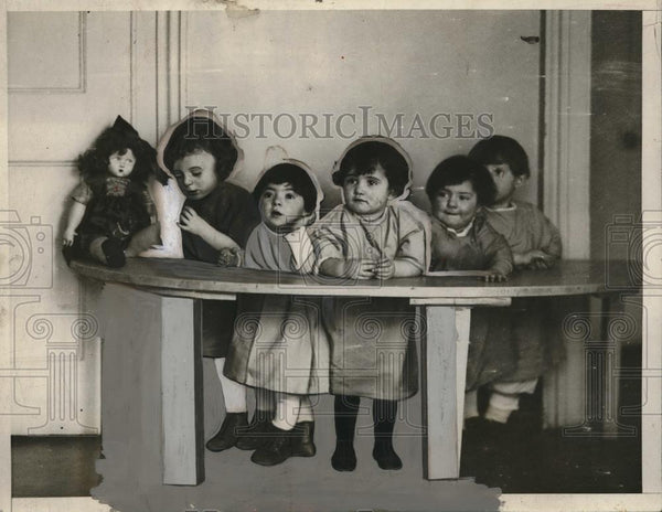 1926 Press Photo Candidates for New Yorlk's 100% baby at the Eisman Nursery of - Historic Images