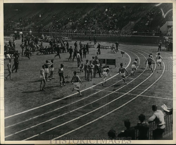 1932 Press Photo Annual Penn Relay Carnival At Frankline Field Philadelphia - Historic Images