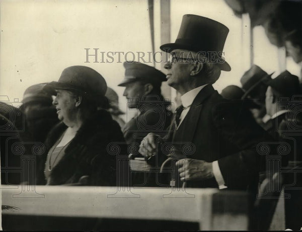 1923 Press Photo National Capitol Horse Show, Ambassador Mr and Mrs Harvey - Historic Images