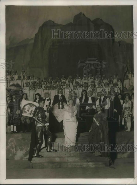 1927 Press Photo Pageant-Society for the Propagation of the Gospel - Historic Images