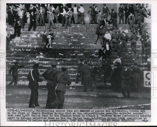 1955 Press Photo Naples, Italy rioting soccer fans at Conero Stadium - nes18147 - Historic Images