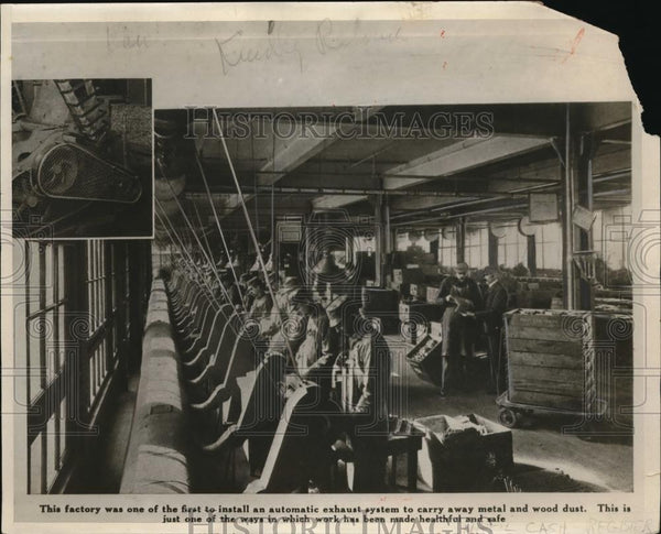 1930 Press Photo This factory one of first to install automatic exhaust system - Historic Images