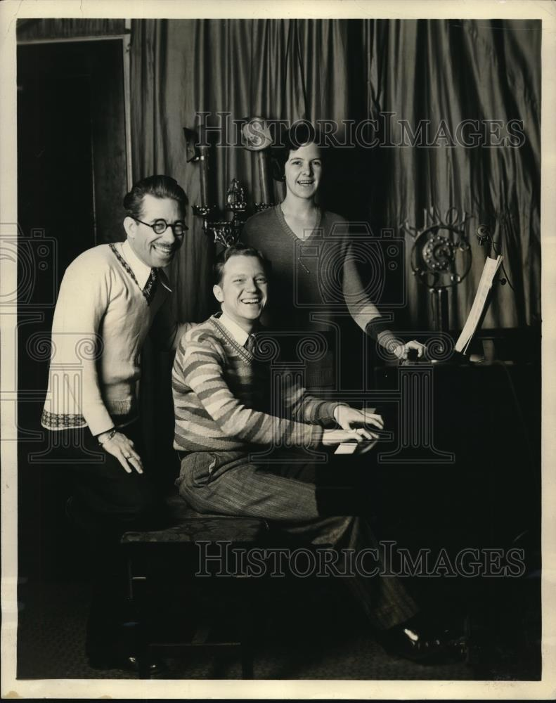 1929 Press Photo Margie, Jack, and Uncle Emmet of the Twinkie Friendship Club - Historic Images