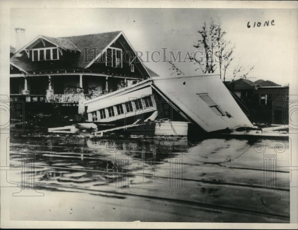1933 Press Photo Scene in Florida after the hurricane - Historic Images