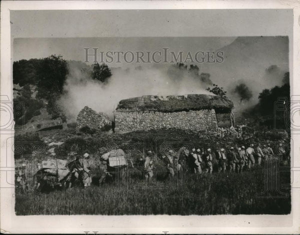 1926 Press Photo French Natives Troops In A Recent Advance In The Moroccan War - Historic Images