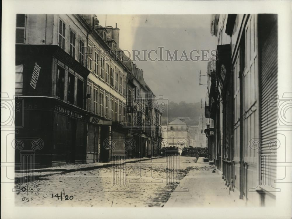 1918 Press Photo Bombing in Chateau Thierry, France - Historic Images
