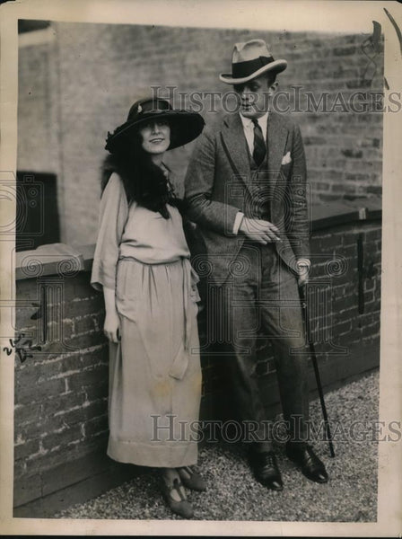 1922 Press Photo Charlotte Demarest and husband Count Eduard George Zichy - Historic Images