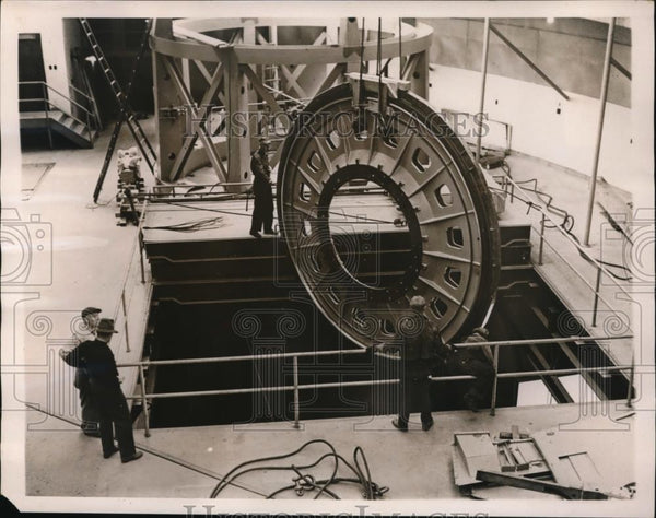 1940 Press Photo Assembly of largest telescope at Mount Palomar Observatory, - Historic Images