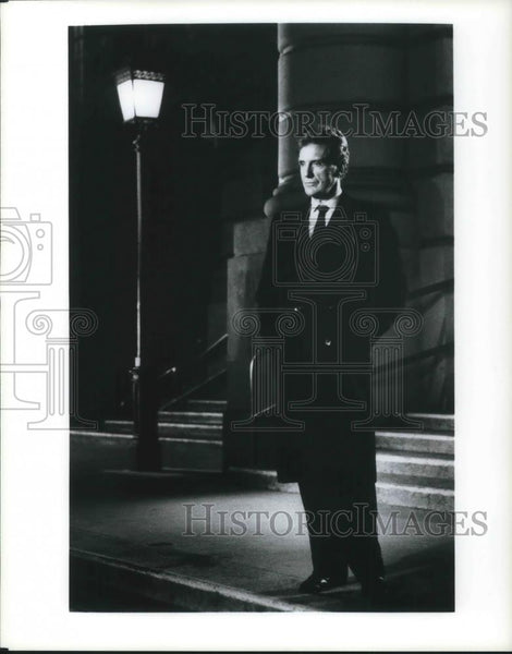 Press Photo Robert Stack host of Unsolved Mysteries TV Show - cvp10710 - Historic Images