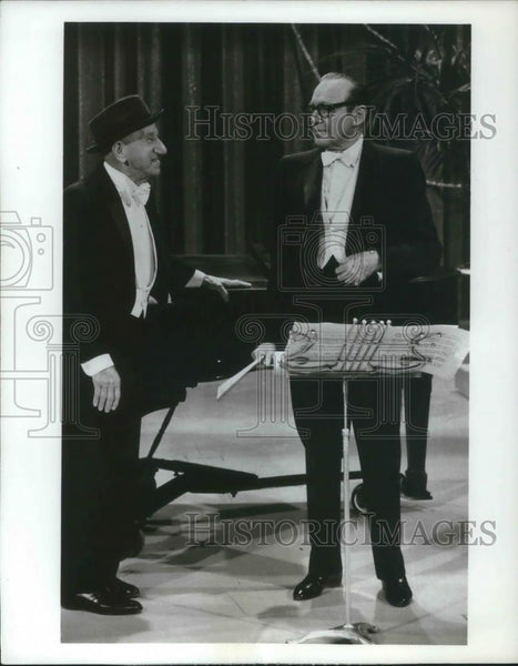 1969 Press Photo Jimmy Durante and Jack Bennon The Lennon Sisters Hour - Historic Images