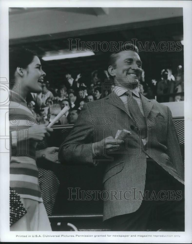 1969 Press Photo Kirk Douglas In A Lovely Way To Die