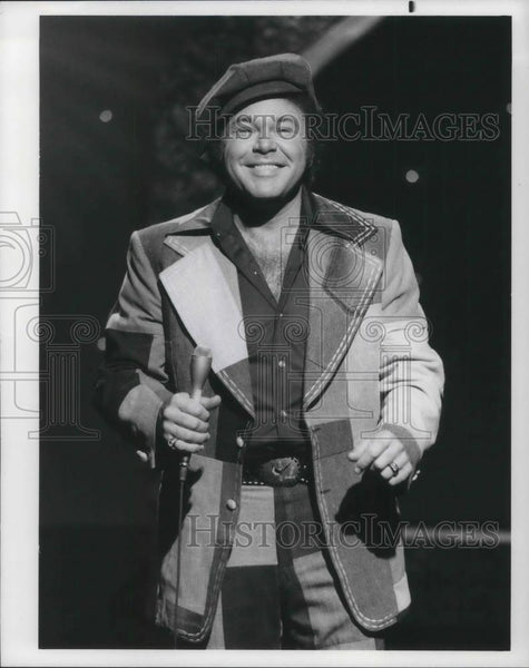 Press Photo Roy Clark - cvp05630 - Historic Images