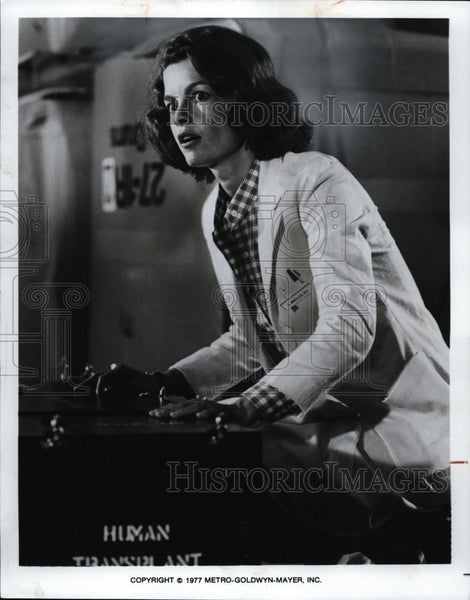 "1977 Press Photo Genevieve Bujold in ""Coma"" - cvp00045 - Historic Images"