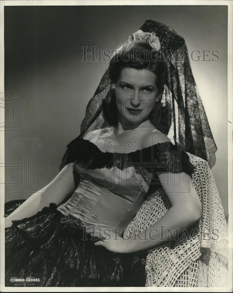 1949 Press Photo Winona Bimboni Ballerina Dance Director Municipal Light Opera - Historic Images
