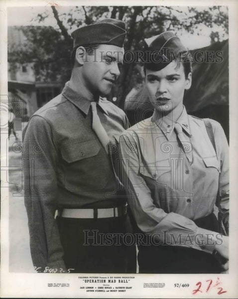 1957 Press Photo Kathryn Grant and Jack Lemmon star in Operation Mad Ball - Historic Images