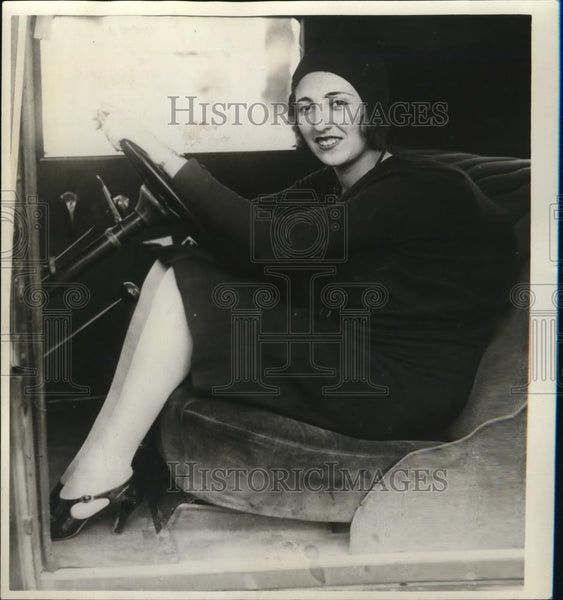 1930 Press Photo Joanne Sangor caused riot from Los Angeles traffic tag - Historic Images