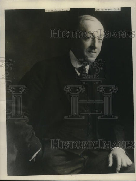 1926 Press Photo Dr. Harrold, first person to broadcast entertainment and music - Historic Images