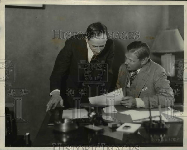 1929 Press Photo George H. Snyder with John T. Adams - Historic Images