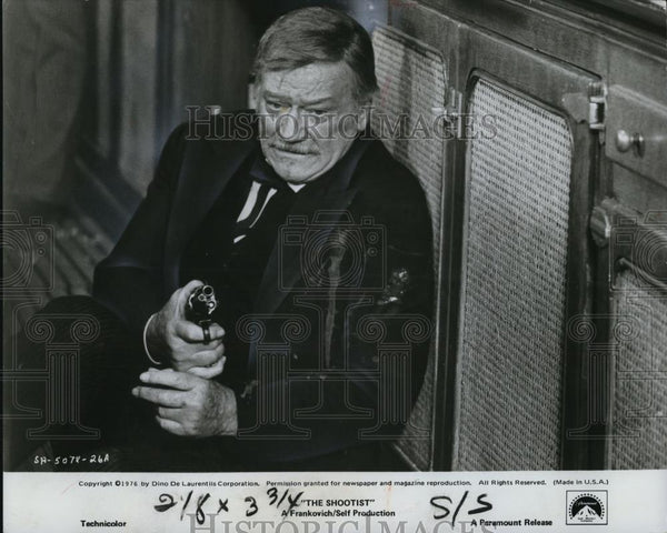 1976 Press Photo John Wayne in The Shootist - Historic Images