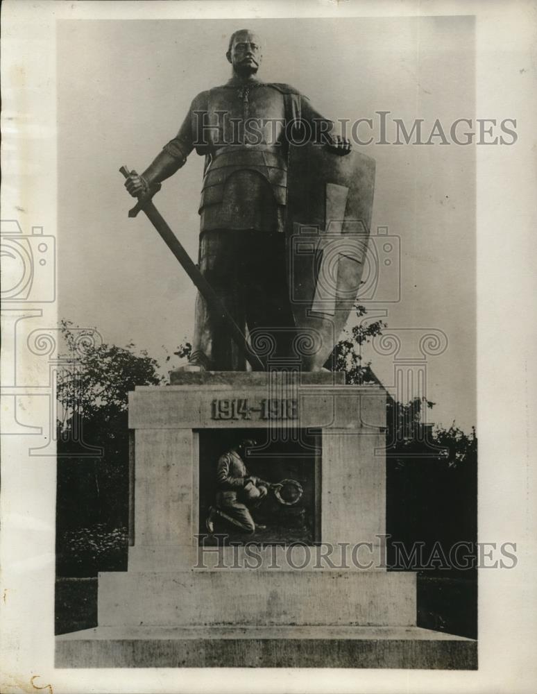 1930 Press Photo The First Hindenburg Monument In Germany - Historic Images