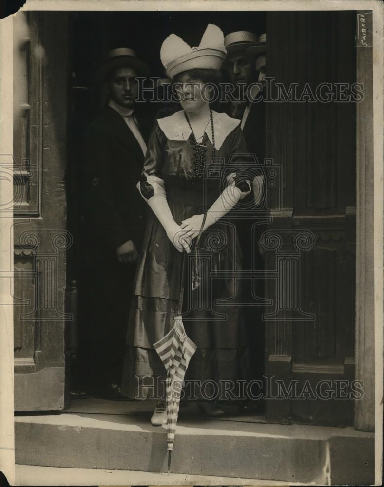 1915 Press Photo Woman - Historic Images